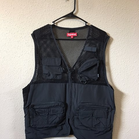 1e18492a014e Supreme Mesh Cargo Vest BRAND NEW TAKEN OUT OF BAG FOR - Depop