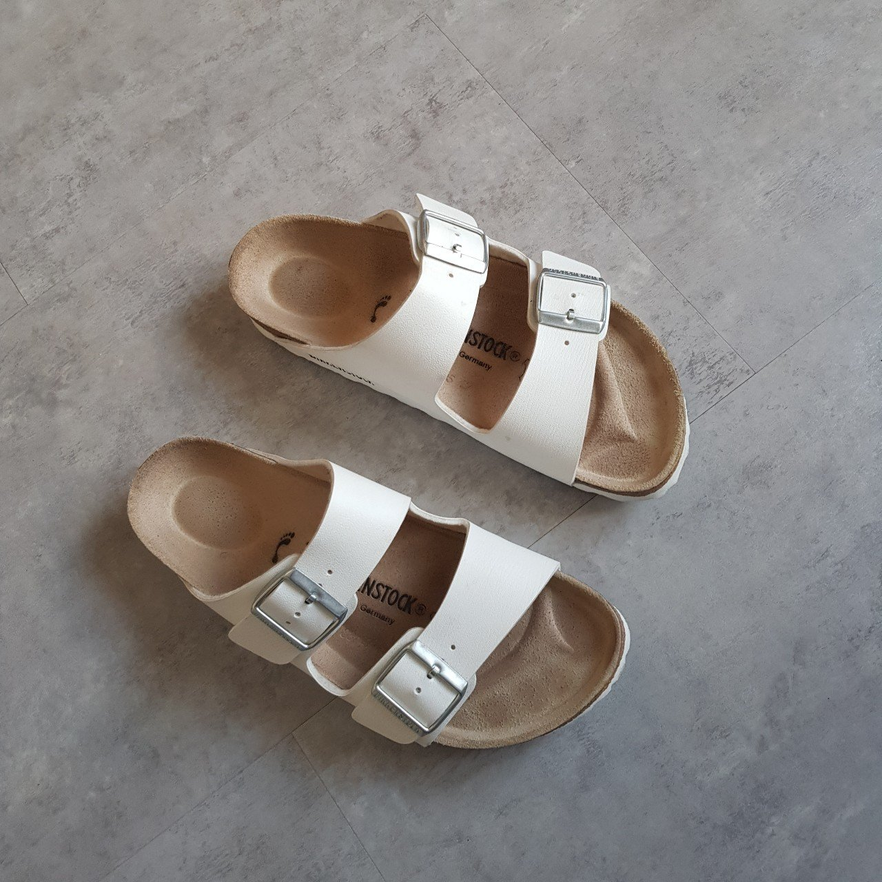 82a3c5161b1c BIRKENSTOCK ARIZONA DOUBLE STRAP WHITE SANDALS - GREAT ONLY - Depop