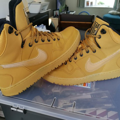 f643d11804b27b Nike Son Of Force mid winter wheat. UK 8.5 amazing Just like - Depop