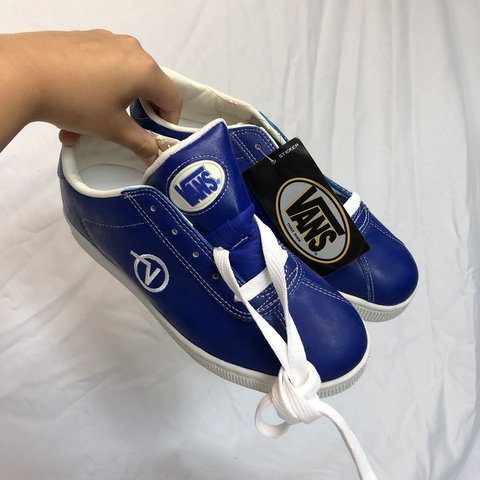 a819f21f1918ae 100% VINTAGE royal blue vans straight from the 90 s box n in - Depop