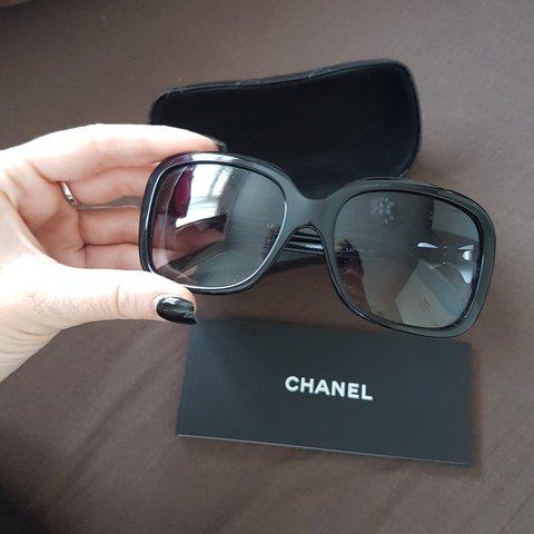 6d3e62c2bc5a @natlouk89x. 7 months ago. Slough, Slough, United Kingdom. Genuine Chanel  white bow sunglasses RRP £250 selling ...