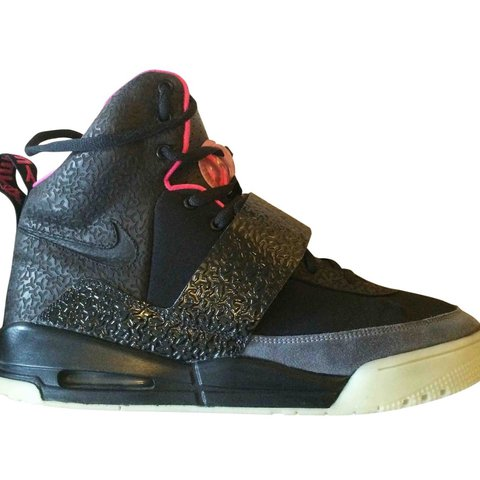 9d548575 Nike air yeezy blink colour-way in size US 12 / UK 11. back - Depop