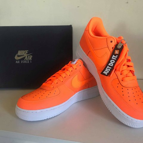 best service 9a4dd c1a54 Nike Air Force 1 Size 8 Neon- 0