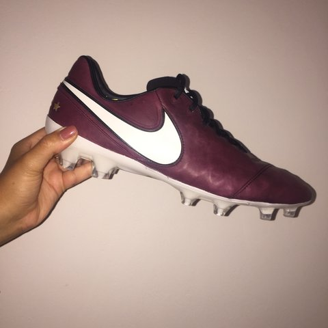 785a56de6be26a Brand New In Box Nike Tiempo Pirlo Football Boots✨ 100% From - Depop