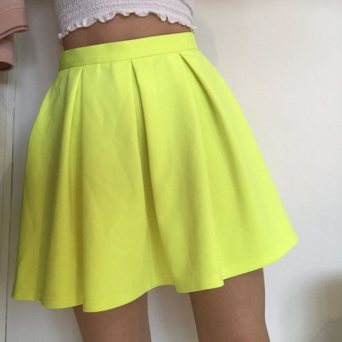 b3feb4fb6 Topshop neon yellow/green pleated skirt. 💛💚 Size 8 but a - Depop