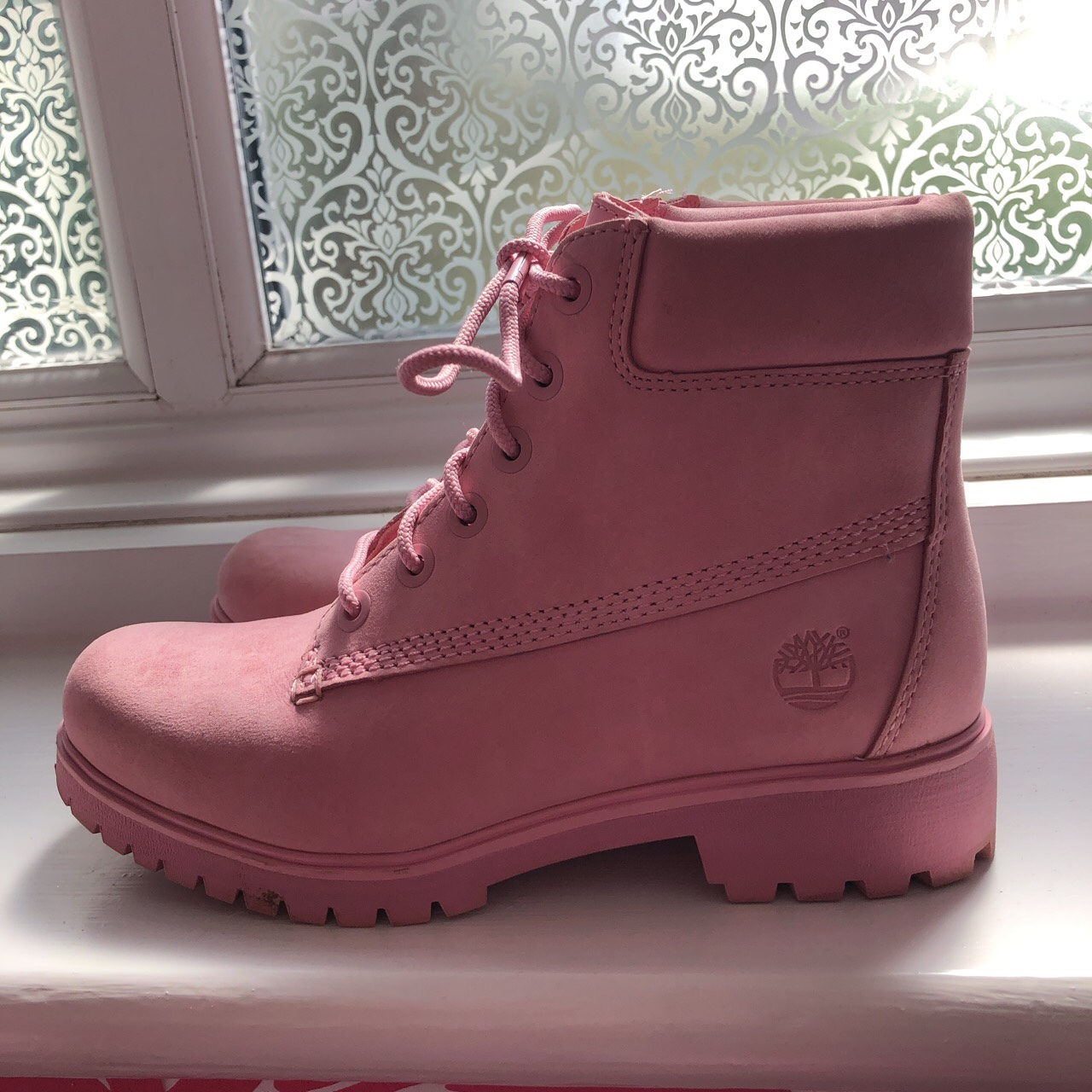 Baby pink suede timberland boots worn