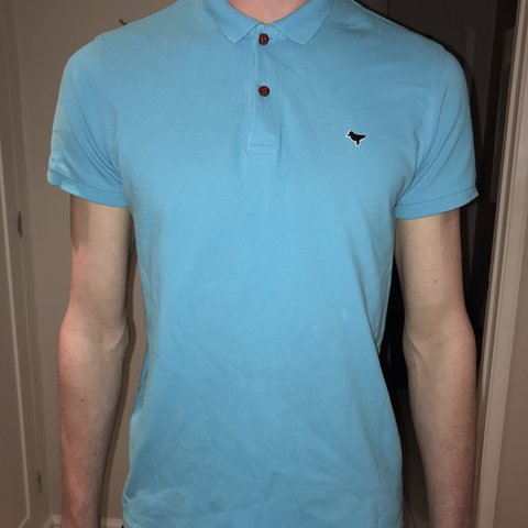 53b432d72b96e Men s Weekend Offender Polo Shirt Size Medium Good sell for - Depop
