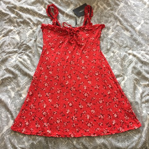 66047ab7cd9 Pretty little thing Red floral print frill detail shift - - - Depop