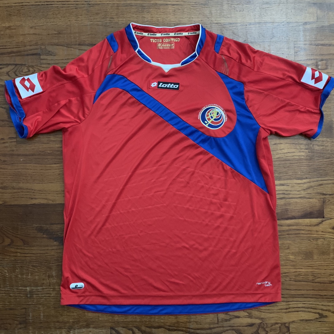 buy popular a7bd2 4c337 2014 Lotto Costa Rica National Team Jersey Tagged... - Depop
