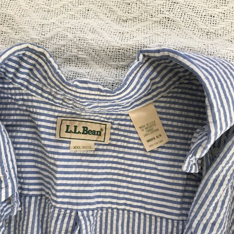d1cc46142c90 Vintage LL Bean seersucker men s button down shirt. Classic - Depop