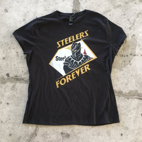 Steelers shirt Womens XL but more or large Hanes  tees - Depop 01e43bb3b