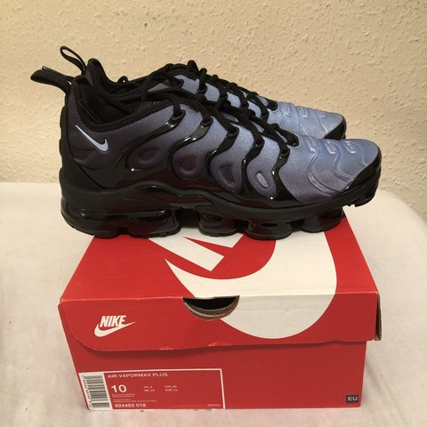 30702bffccd5e BRAND NEW NIKE VAPORMAX PLUS! Size 9 Men s. RRP worn (or - Depop