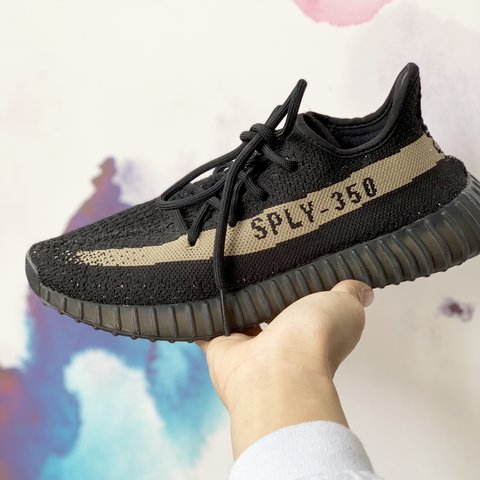 e2e96a4e233 yeezy boost 350 olive green) 100% authentic FREE SHIPPING - Depop
