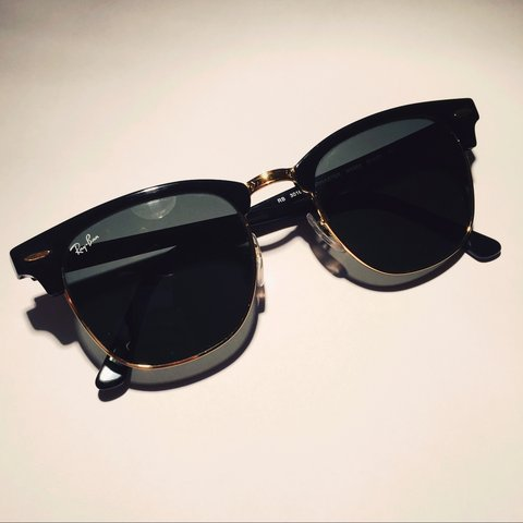 202f0d7cf8 Ray Ban Clubmaster Sunglasses (RB 3016 Black   Gold) - Size - Depop