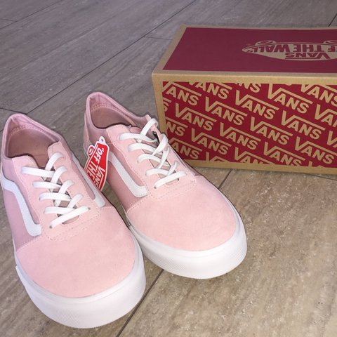 b52214a31c07 BRAND NEW   Never Been Worn Pink Suede Old Skool Vans UK - Depop
