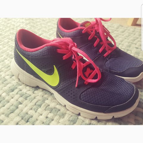 3bda2fc1c5a6 Nike gym trainers size 5.5 - good condition as only ever at - Depop