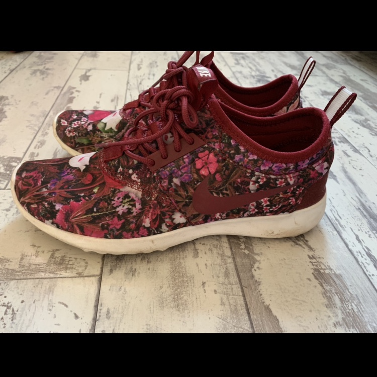 Women's burgundy floral Nike trainers