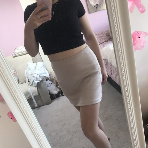 8d3416dfe0 @cherylrosek. 13 hours ago. Colchester, United Kingdom. Beautiful suede  like material skirt from next size 12 with stud ...