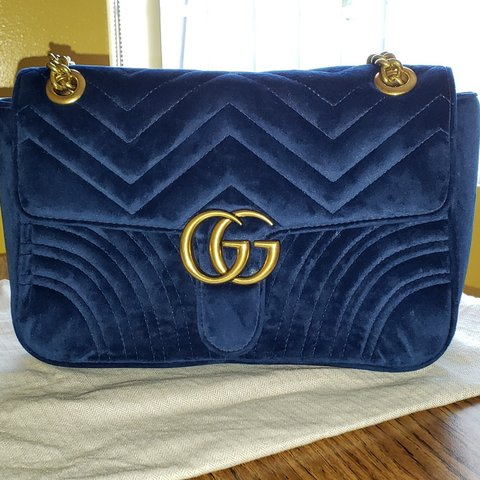 0e01086cfa82a2 @_lucy00. 9 days ago. Los Angeles, Los Angeles County, United States. Rarely  used Gucci Marmont Blue Velvet Bag. Originally bought ...