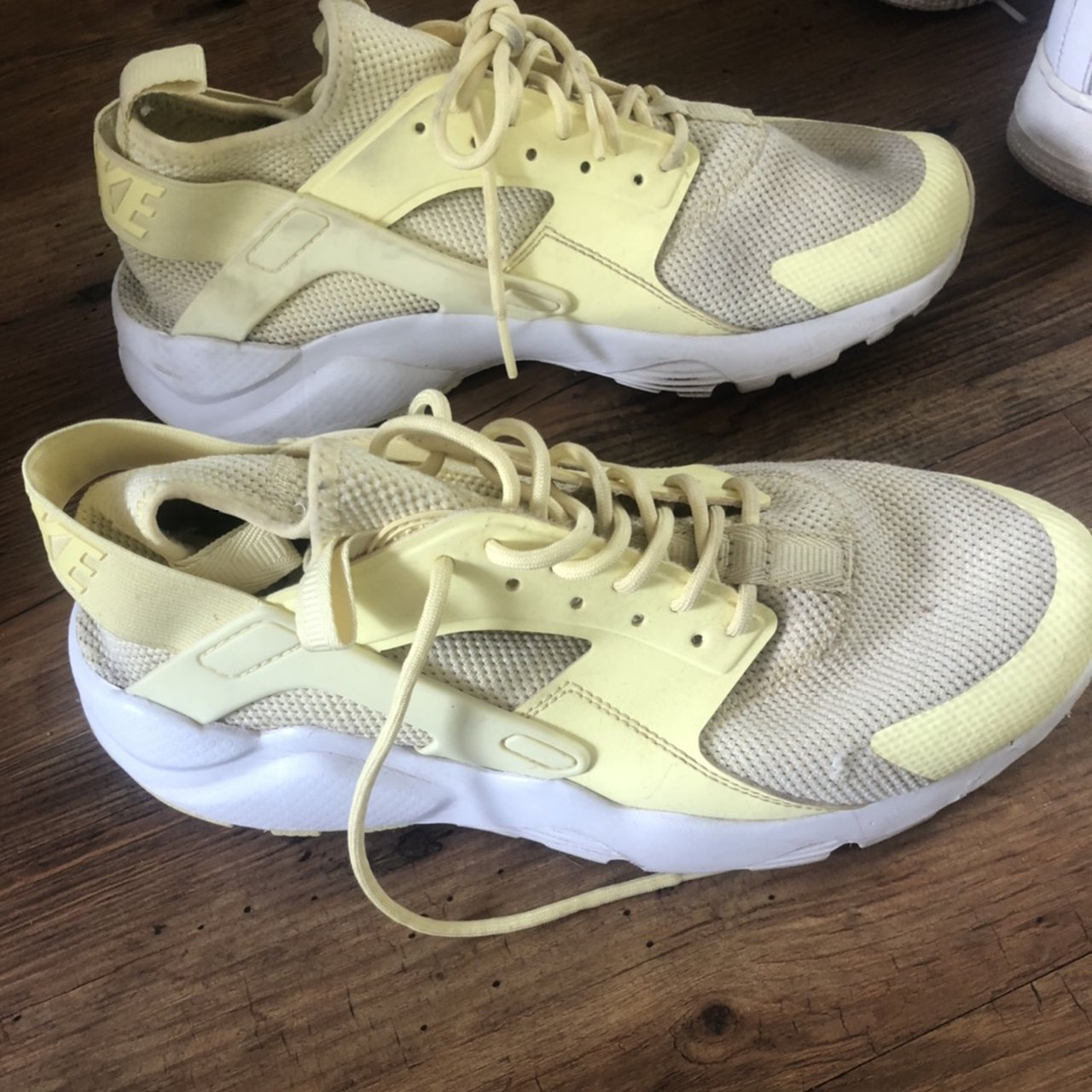 Men's yellow huaraches lovely on Can be