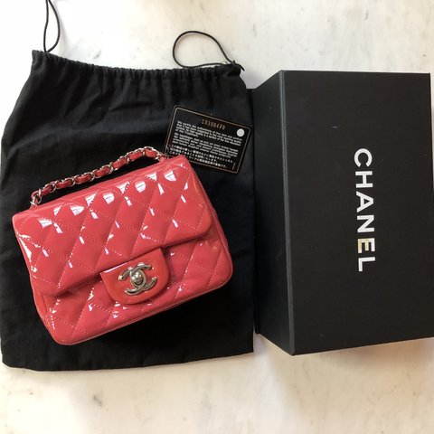 8c88f6cead4bf3 @alldes. 7 months ago. United States. [PRICE TO SELL] Authentic Chanel Mini Flap  Bag ...