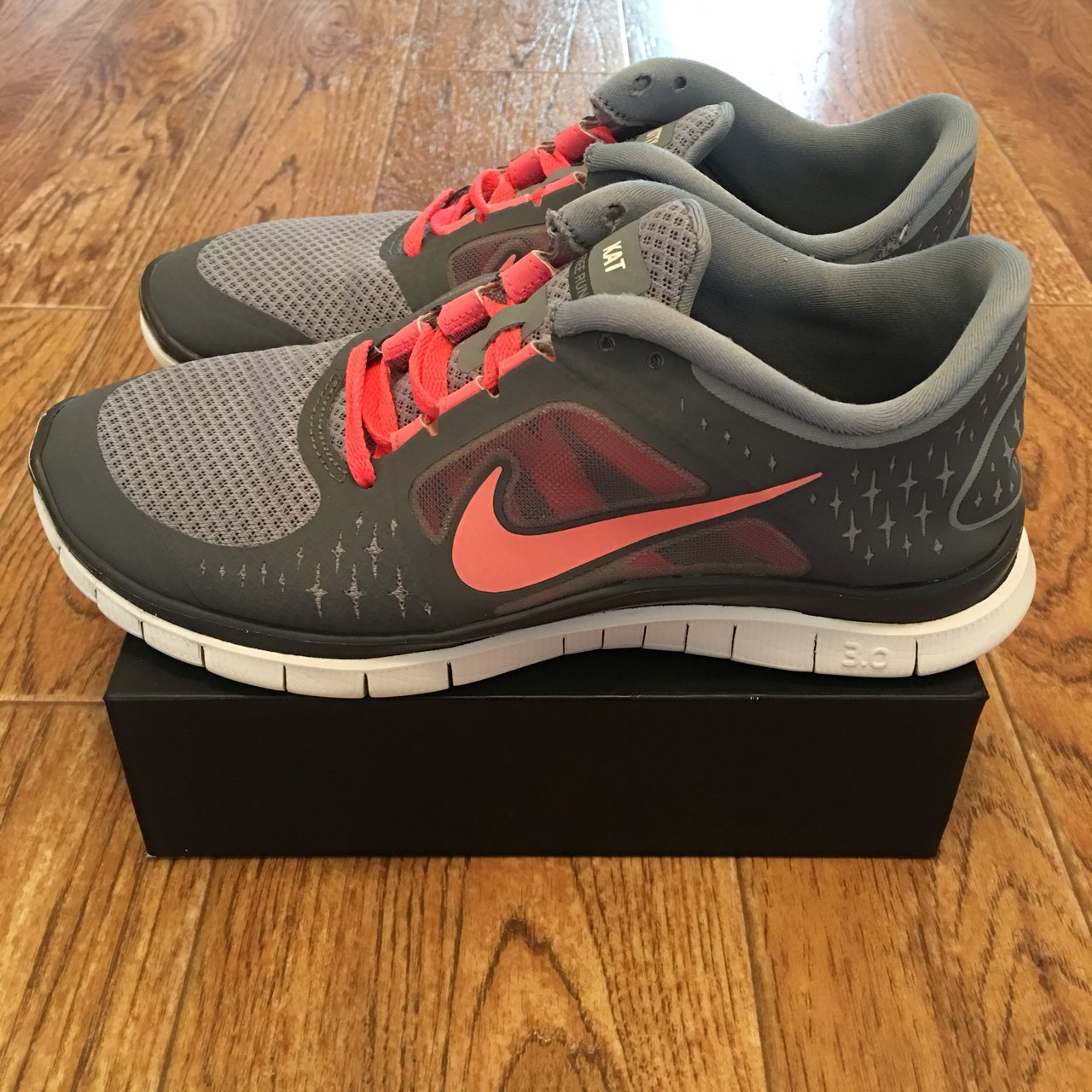 Used NIKE I.D. Free Run 3.0 Womens Running Shoes Pre-Owned ef8a12fab