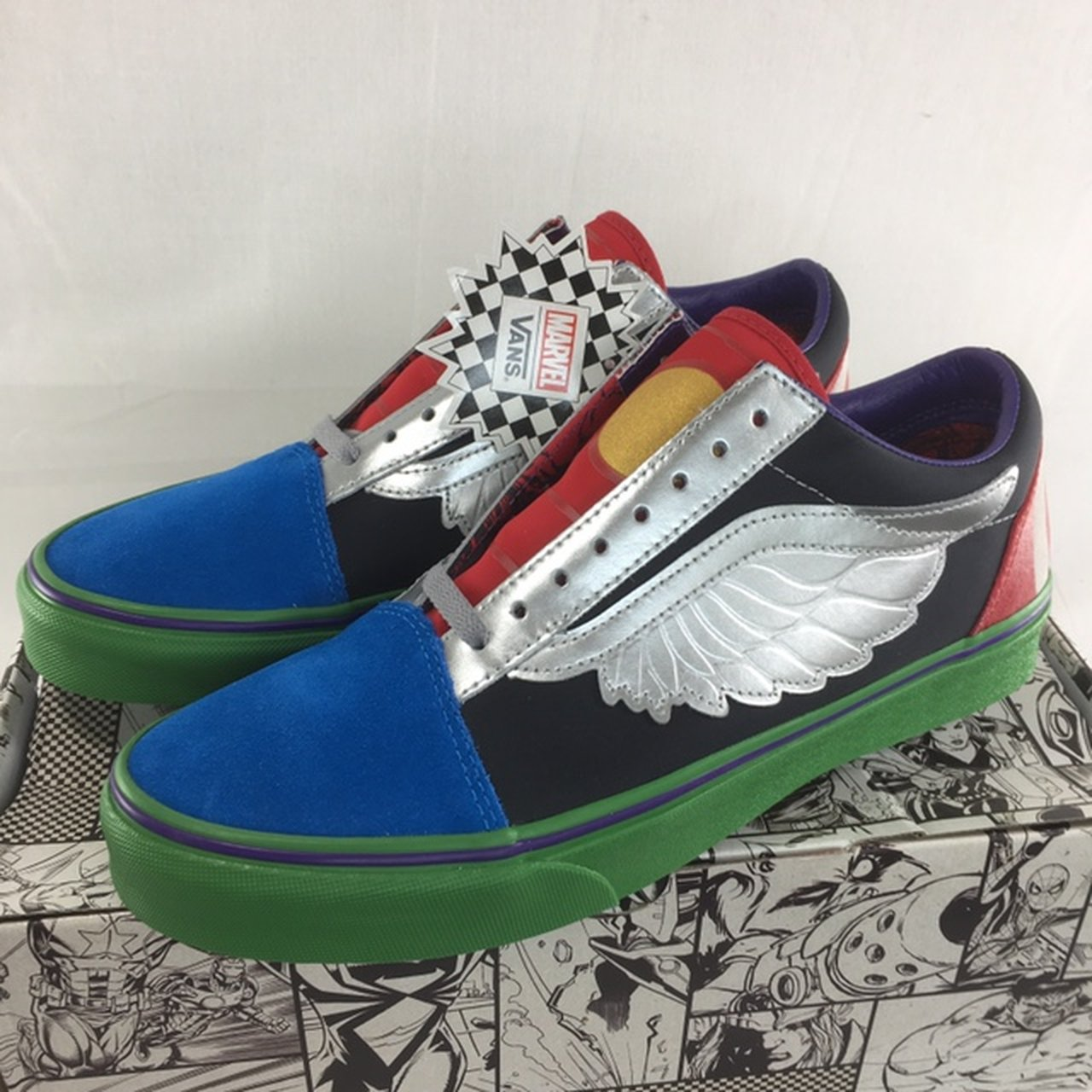 f0ff562158 Vans x marvel avengers Old Skool shoes men s 9.5 10 12 13 - Depop