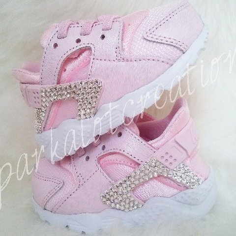 ab521d67eced3 Baby bling nike huarache pink new! New . never worn . with - Depop