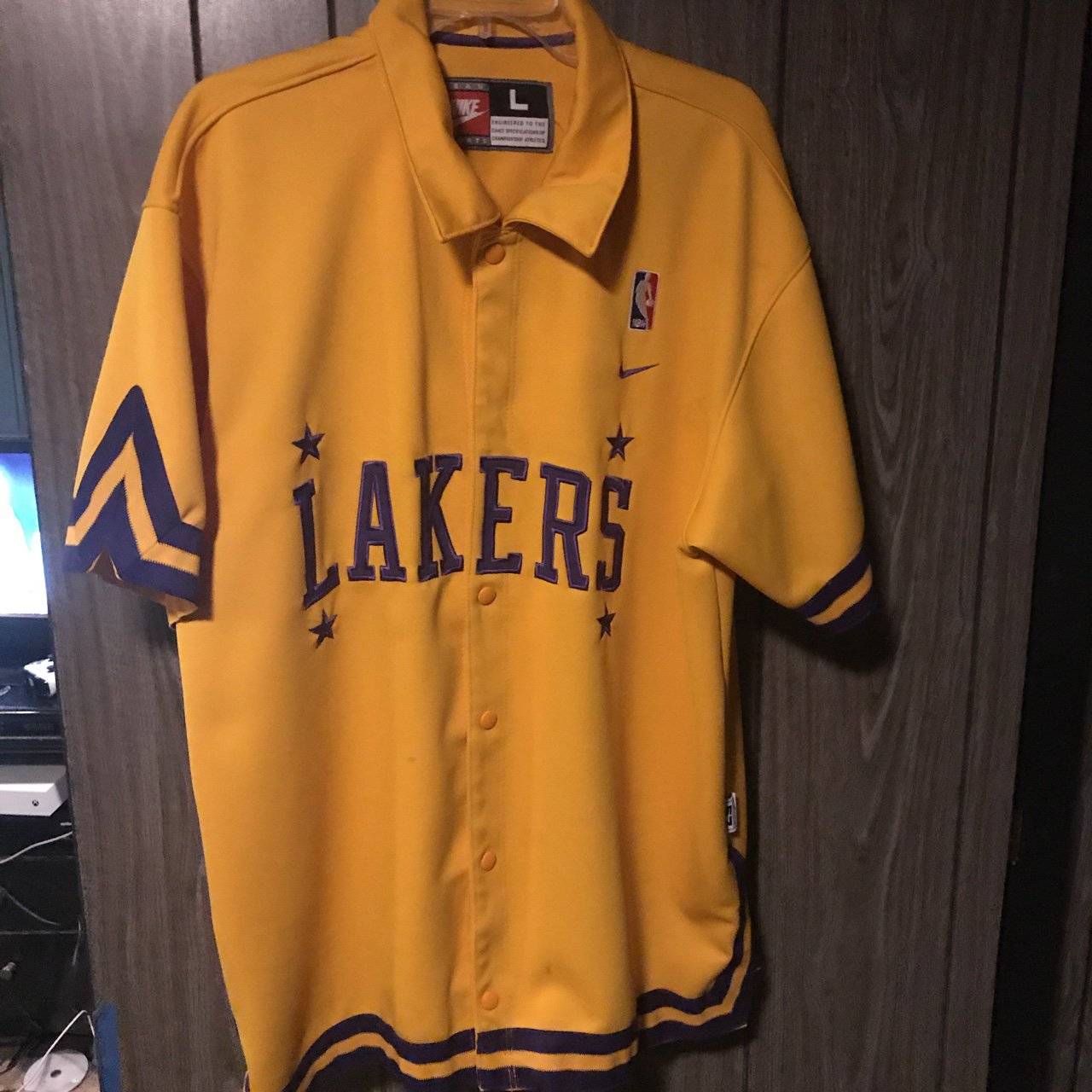Lakers button up jersey large no real stains official gear - Depop 83aa69bdb