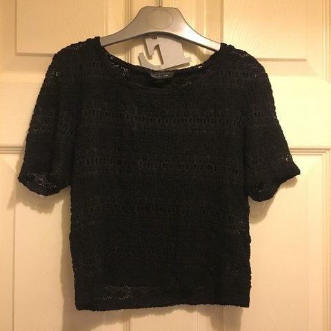 9cf8dc32eb539 Topshop black mesh crop tshirt Size 10 Would fit 6 and an 8 - Depop
