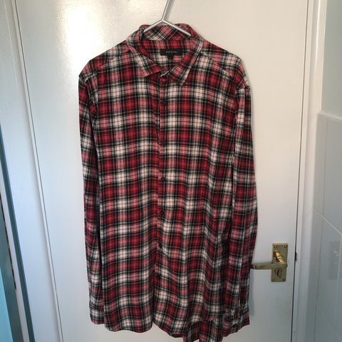 c2f290a2be8ee River Island oversized long sleeve shirt - white red M - Depop