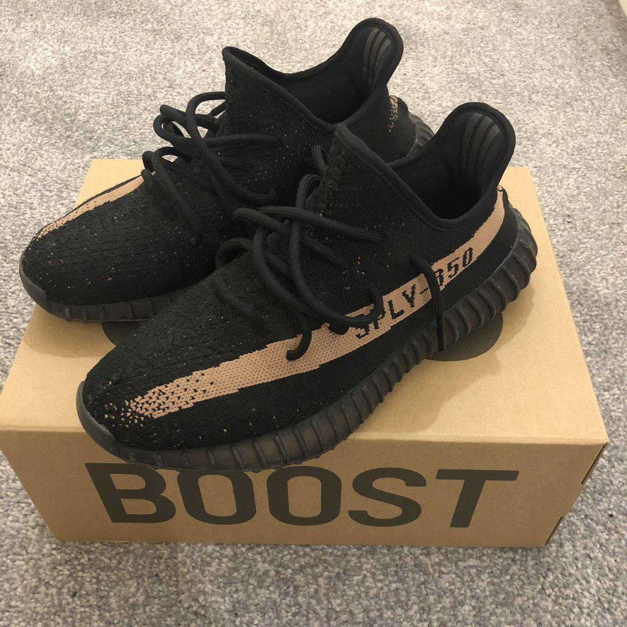 4697ad7fa Adidas Yeezy Boost 350 V2 Copper Used 8 10 condition as you - Depop