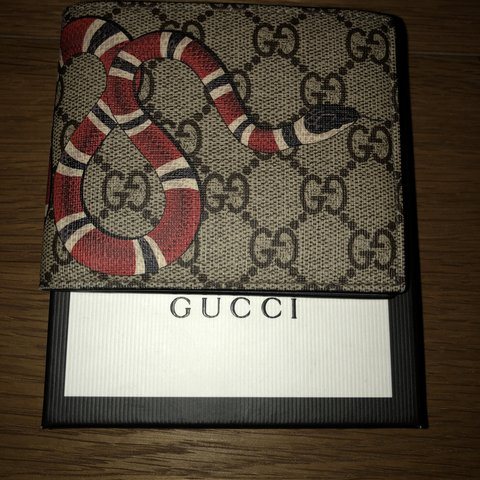 65c655679b8b1a GUCCI WALLET FOR SALE 10/10 CONDITION USED A COUPLE 100% - Depop