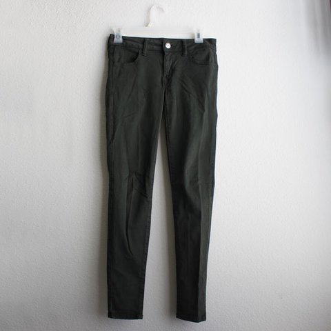 a790225fa0057 American Eagle Sateen X Jegging in Emerald SOLD OUT on 0 on - Depop