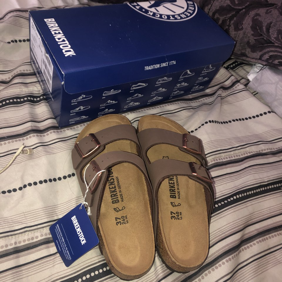 BRAND NEW BIRKENSTOCKS Tag, Original Box They were    - Depop