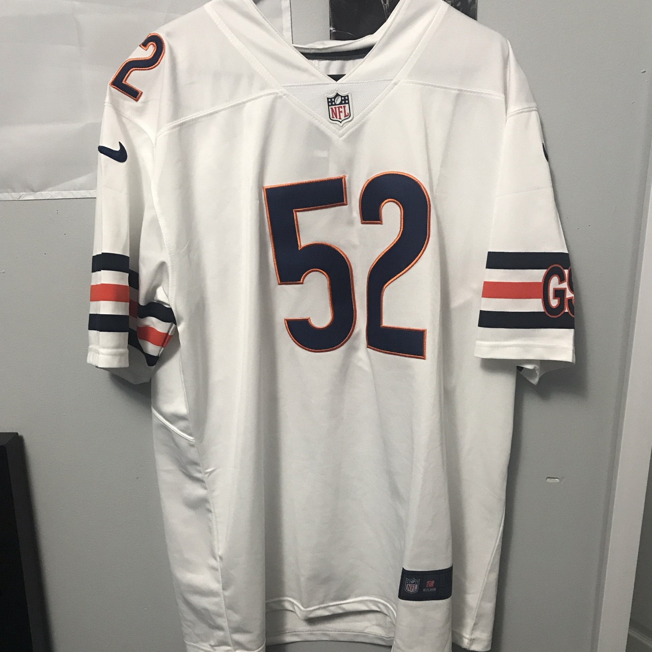 sports shoes 3ee6c a77cb Chicago Bears Khalil Mack jersey. White nike... - Depop