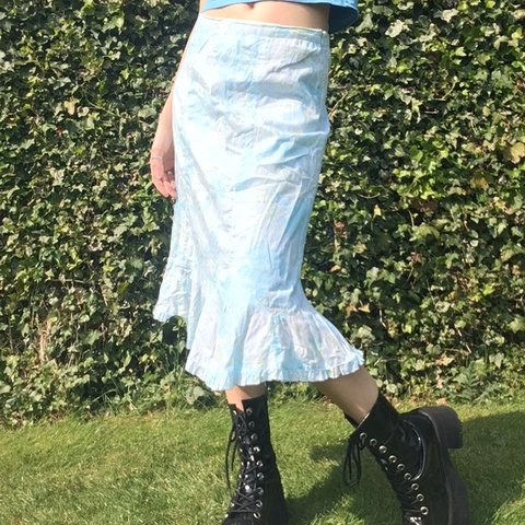 ba4261ee9 @delicacycity. 4 days ago. Warrington, United Kingdom. Gorgeous vintage  midi skirt !! Floral