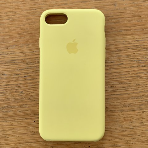 official photos b0f9c 08144 Apple iPhone 7 mellow yellow silicone case barely used - Depop