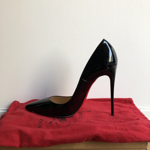 ddd435050d53 Authentic Black Christian Louboutin So kate Patent
