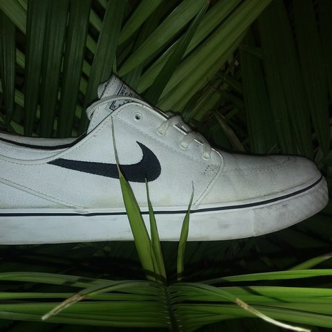 Nike stefen janoski skateboarding shoes from pacsun worn a - Depop a36f898fa