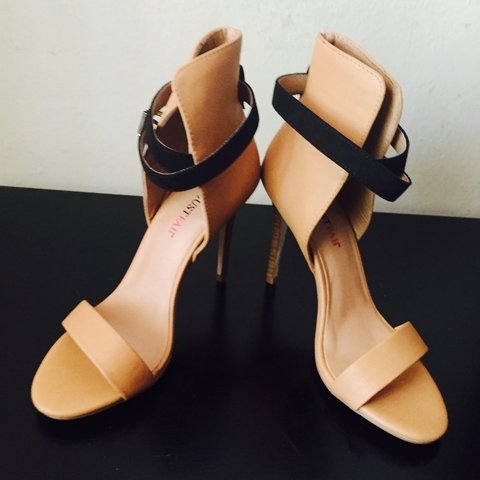 849e50c583b3 Brand new heel heigh  4 1 2