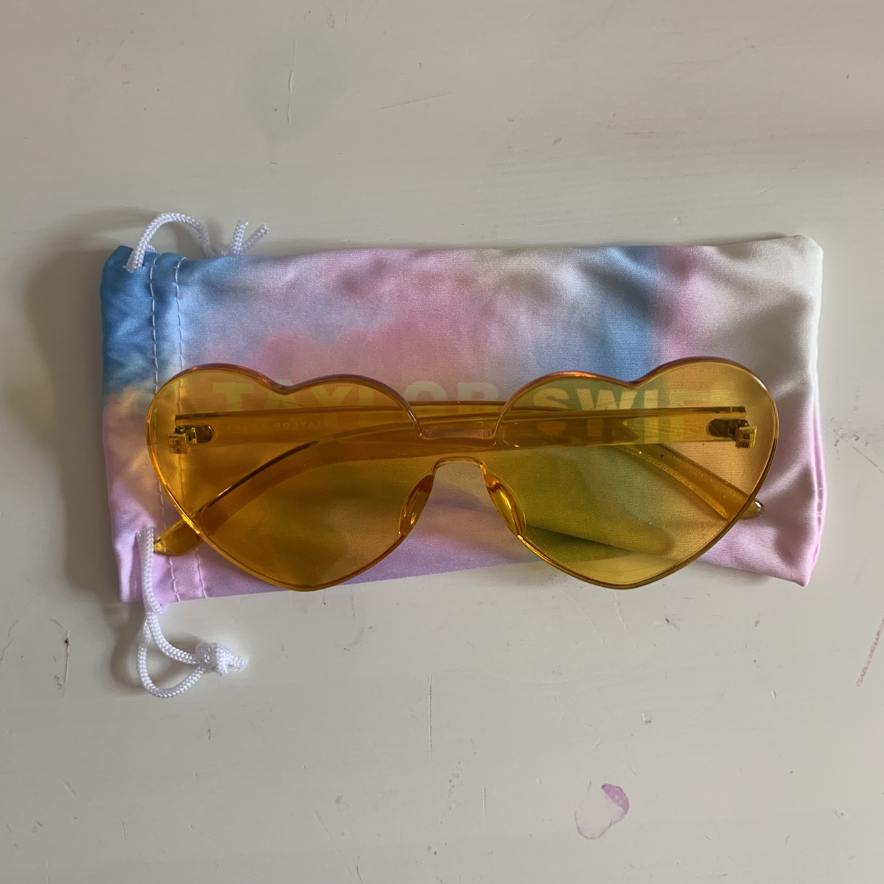 Yellow Taylor Swift Sunglasses Similar To The Ones Depop