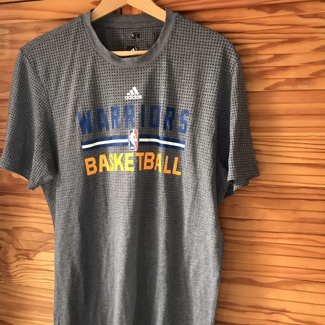 lowest price 02926 a9f9a Adidas NBA GSW Golden State Warriors training kit... - Depop
