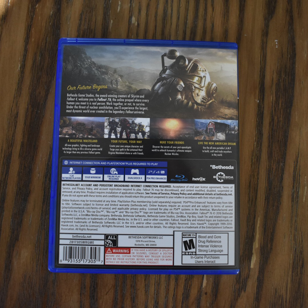 Fallout 76 PS4 game used once and comes with vault    - Depop