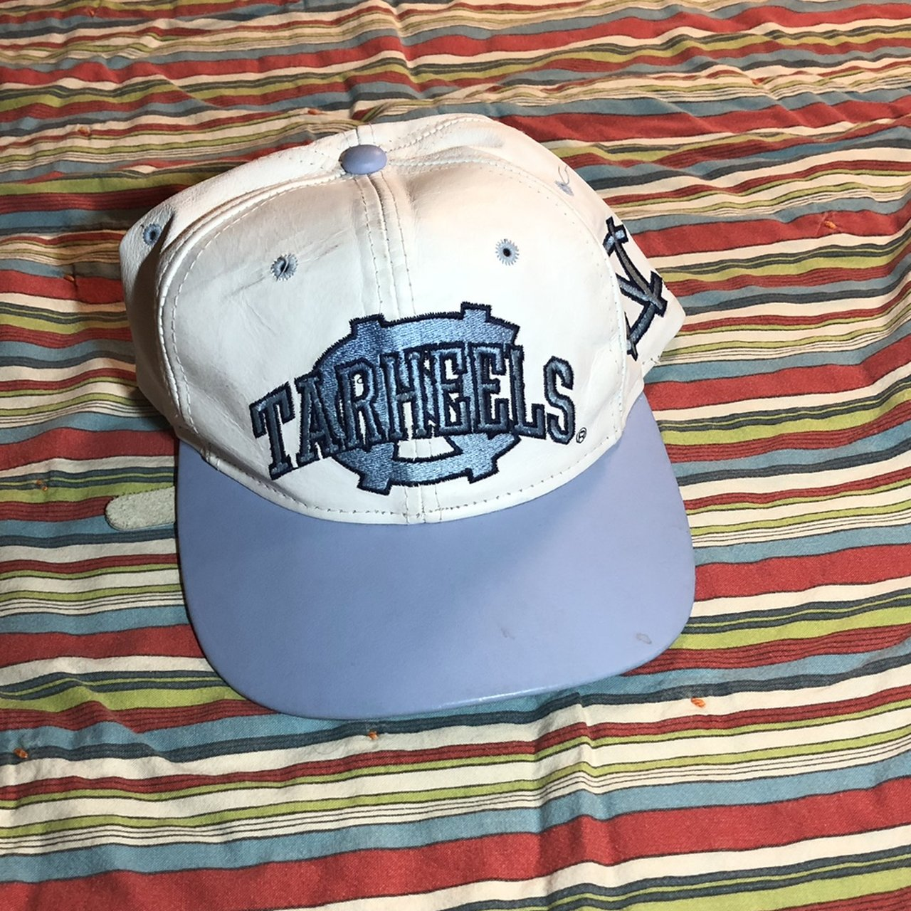 VINTAGE UNC TARHEELS LEATHER STRAP BACK HAT Condition is in - Depop a2337b35562