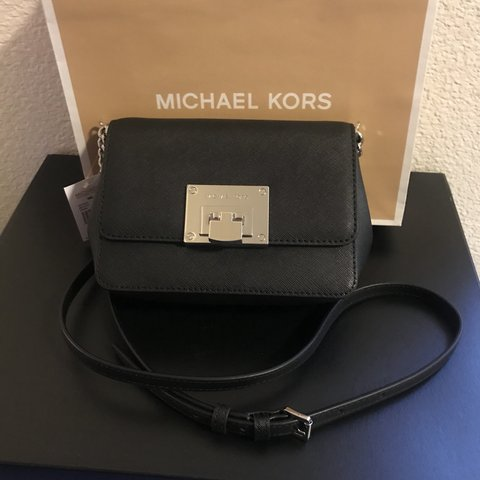 d93accd4d9 Michael Kors Tina Small Leather Clutch Crossbody Bag ❣️Small - Depop