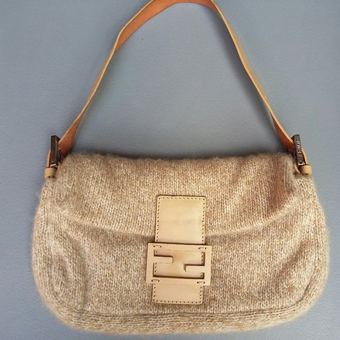 Authentic Fendi Cashmere Baguette Vintage 9a294464f7cb3