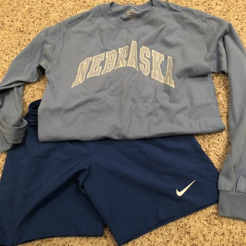 0d669198f @cozycollection. 5 months ago. Omaha, United States. Great workout bundle  👌🏽 Size small blue nike dri fit shorts. Well loved Long-sleeve Nebraska t- shirt