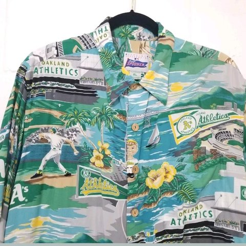 6626e737 @pickin_pineapples. 5 months ago. Mililani, Hawaii, US. Vintage Reyn  Spooner MLB Athletics Aloha Hawaiian Shirt Size ...