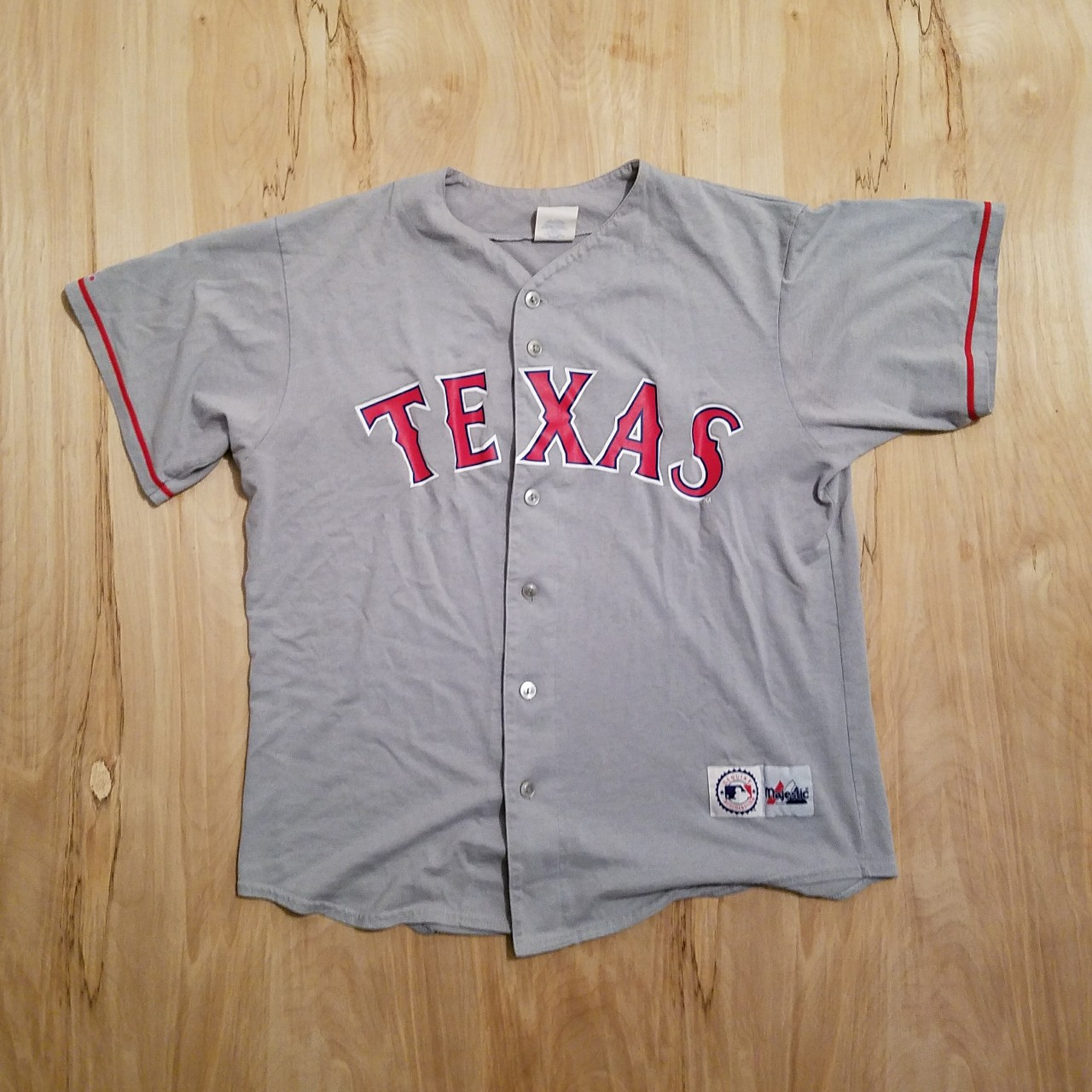 big sale cc407 967bf Retro Majestic Texas Rangers Jersey size large...... - Depop